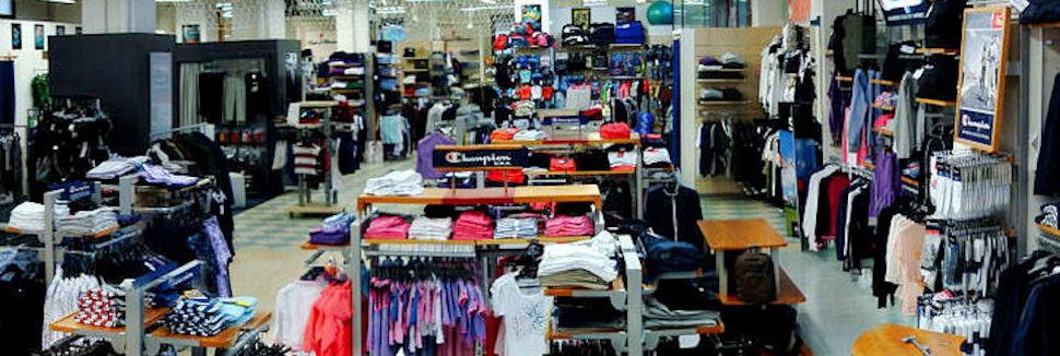 Kronos sport abbigliamento sportivo ed accessori pisa for L arreda negozi pisa